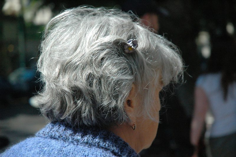 Treat gray hair safely & naturally!